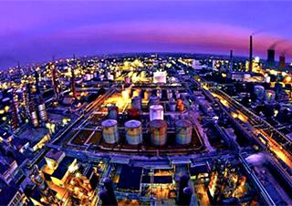 地炼兴起建设大型炼化项目潮